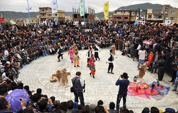 راهیابی ۳۸ نمایش به چهاردهمین جشنواره بینالمللی تئاتر خیابانی مریوان